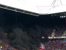 PSV-Ajax, nube nera in curva. 5 tifosi intossicati